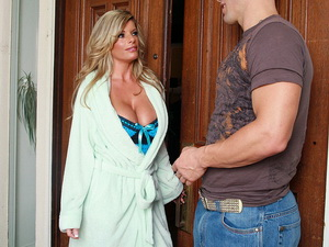 Kristal Summers - My Friend's Hot Mom