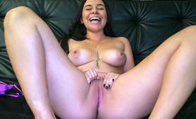 Ivana Bolivar Does Her First Porno