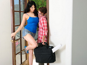 Diana Prince - Seduced By A Couga