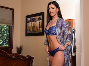 India Summer - Housewife 1 on 1