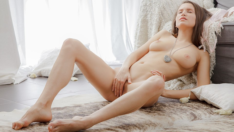 Girl with a perfect body masturbating