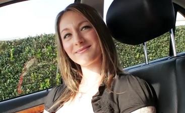 hvordan få vaginal orgasme exploited college girl