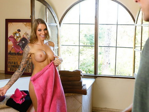 Juelz Ventura - My Dad's Hot Girlfriend