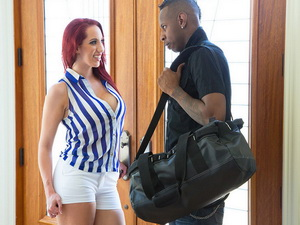Kelly Divine - My Dad's Hot Girlfriend