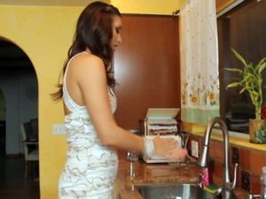 Rilynn Rae - Housewife 1on 1