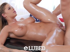 Lubed up Jessa Rhodes fuck for 4th of july