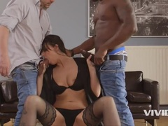 Simony Diamond Gets Revenge Fucking After Cheating Her BF